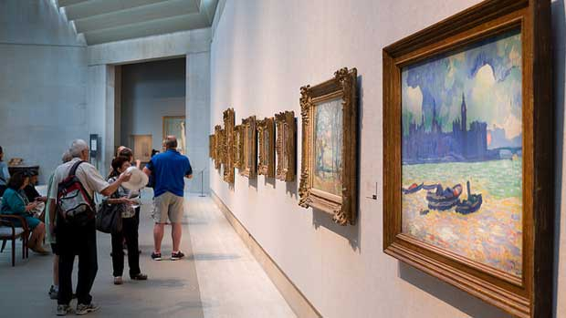 """""""The Metropolitan Museum of Art"""" by Phil Roeder licensed under CC BY 2.0"""