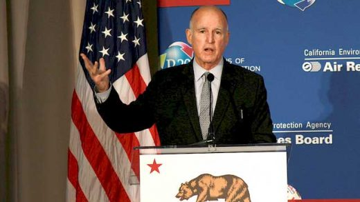 """Governor Jerry Brown"" by California Air Resources Board licensed under CC BY 2.0"