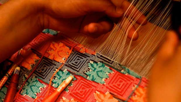 """""""How handwoven dhaka fabric in Nepal is made by OXLAEY.com licensed under CC BY 2.0"""