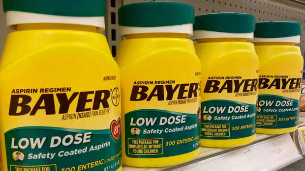 """Bayer Aspirin Low Dose"" by Mike Mozart licensed under CC BY 2.0"