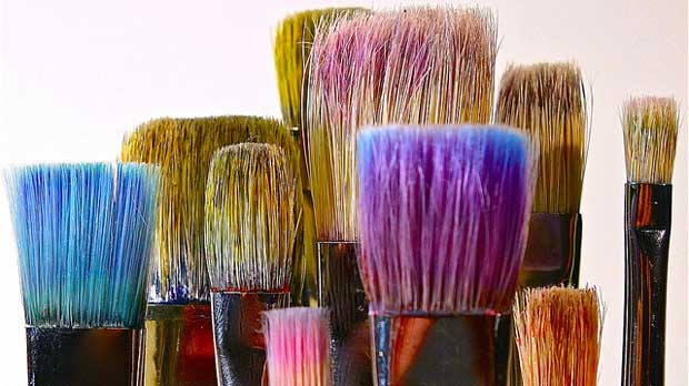 """brushes"" by Dean Hochman licensed under CC BY 2.0"