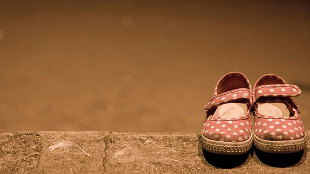 """""""Abandoned Shoes"""" by Richard Heaven licensed under CC BY 2.0"""