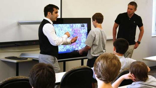 """""""Army engineers support 'Technology Needs Teens'"""" by U.S. Army CERDEC licensed under CC BY 2.0"""