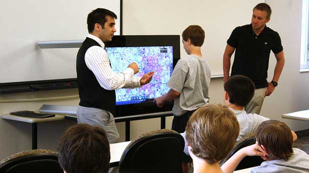 """Army engineers support 'Technology Needs Teens'"" by U.S. Army CERDEC licensed under CC BY 2.0"