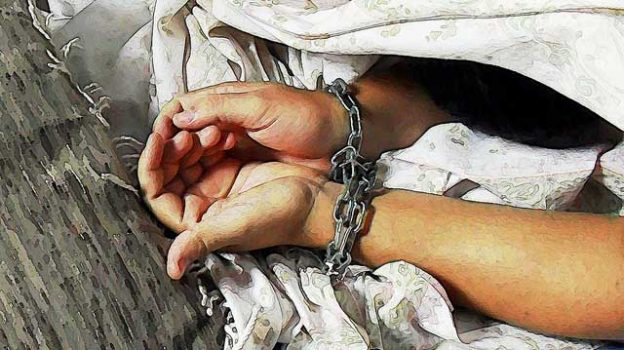 """""""human_trafficking_image_free"""" by Imagens Evangélicas licensed under CC BY 2.0"""