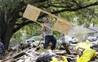 Houston Cleanup has Little Crime and Lots of Helping Hands