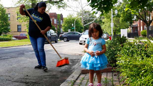 Reclaiming Chicago Lawn