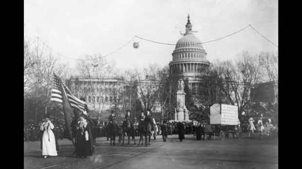 1913 photo made available by the Library of Congress