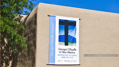 """Georgia O'Keeffe Museum -- Santa Fe (NM) 2013"" by Ron Cogswell licensed under CC BY 2.0"