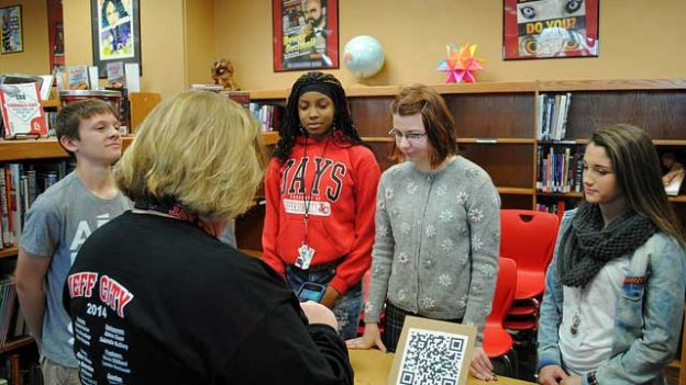 """City students educate the public about the Constitution"" by KOMUnews licensed under CC BY 2.0"