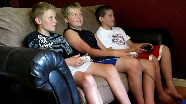 """""""Young Gamers"""" by OakleyOriginals licensed under CC BY 2.0"""